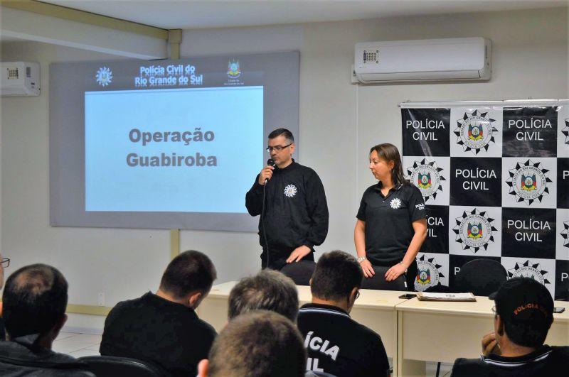 TRÁFICO DE DROGAS - OPERAÇÃO DA POLÍCIA PRENDE NOVE PESSOAS