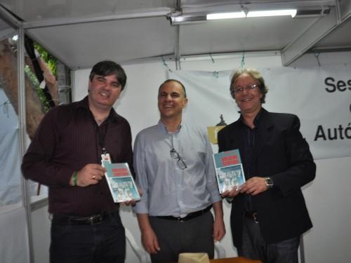 Bolicho Sortido, de Juarez Farias, é lançado na Feira do Livro de Pelotas
