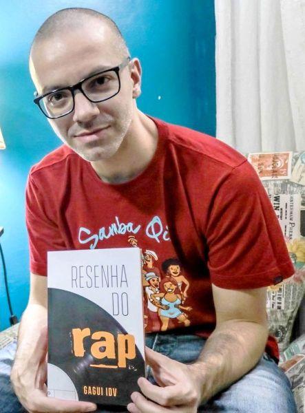 LIVRO- Resenha do Rap apresenta entrevistas