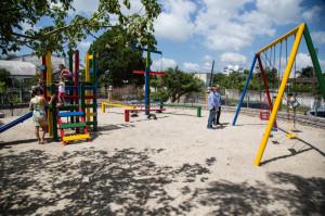 TRÊS VENDAS : Praça Modelo é entregue revitalizada à comunidade