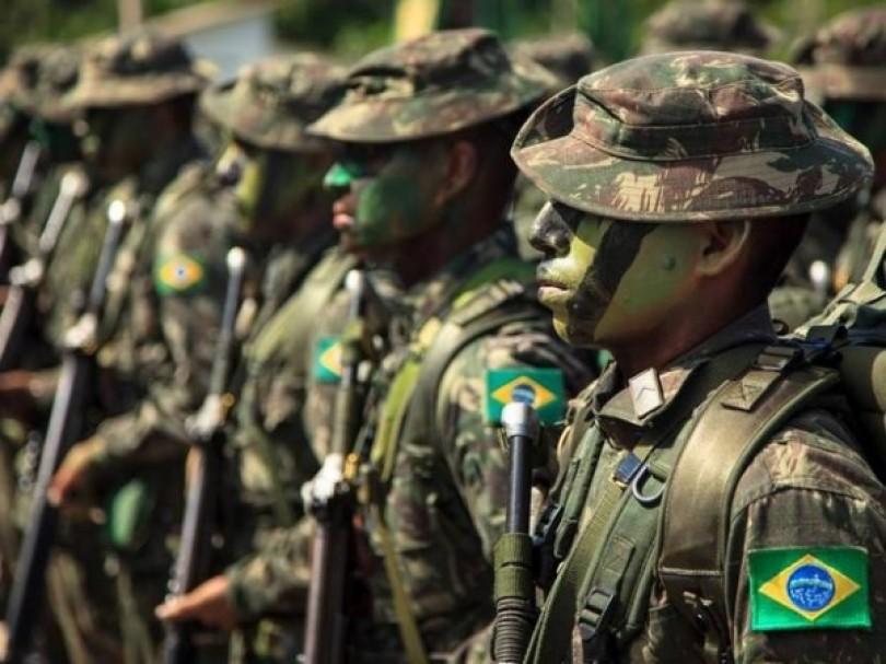 Há mais atos radicais de civis que das Forças Armadas, diz general