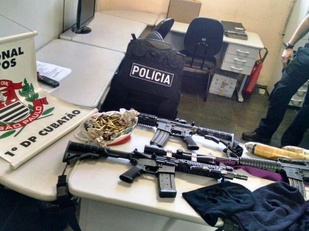 POLÍCIA CIVIL APREENDE ARMAS E MUNIÇÕES