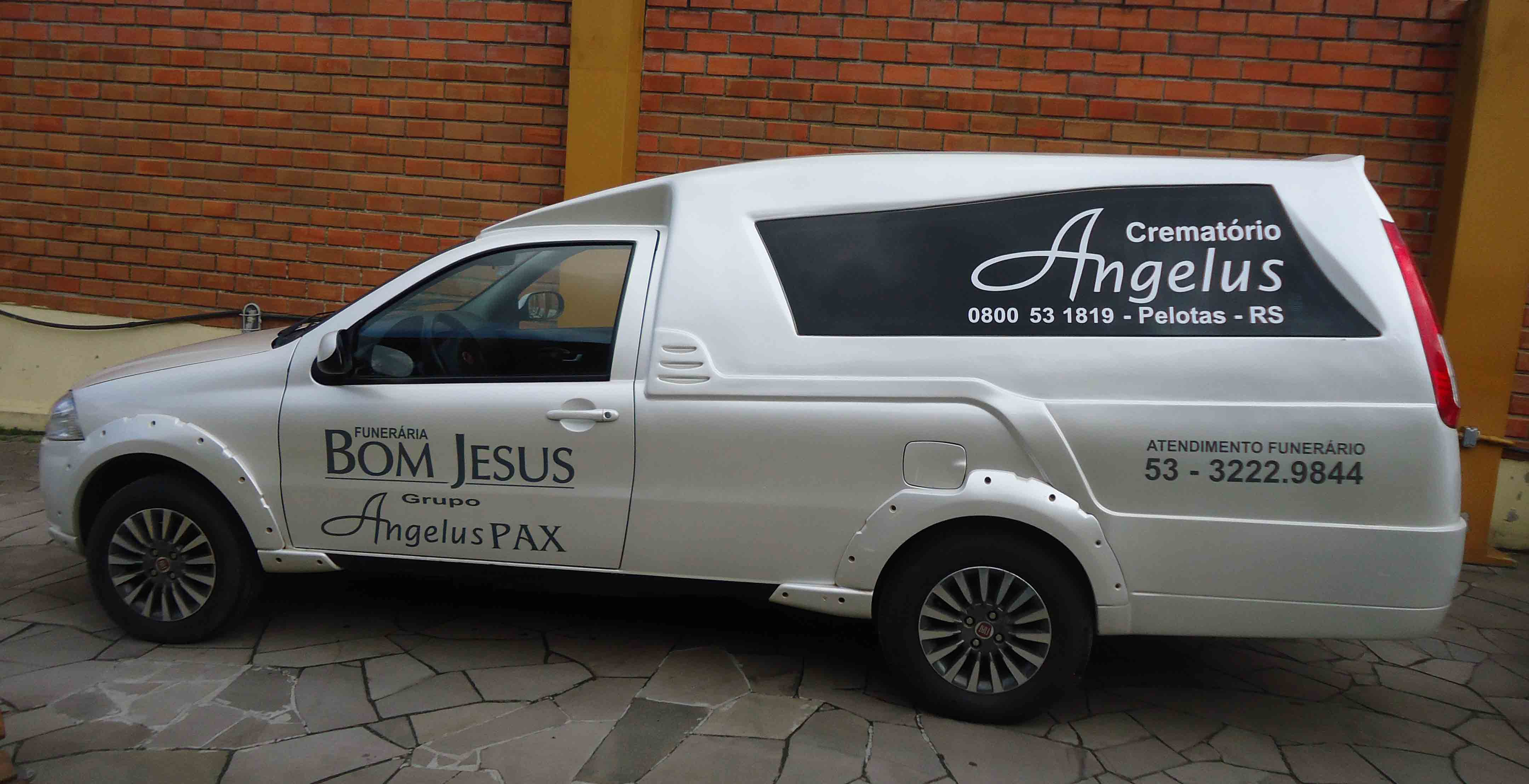 Crematório Angelus CAMIONETE BRANCA 03